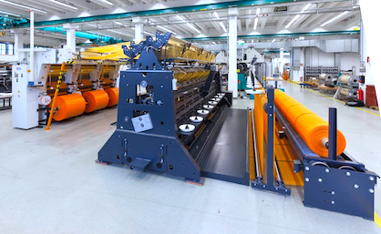 Fig. 1: The whole line with the FTL unit, the RDS 11 EL and the batching unit for automatic sacks (c) Karl Mayer
