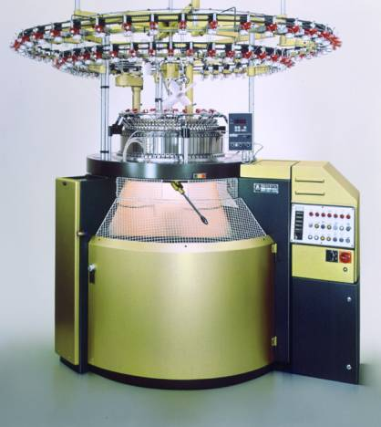 This is how a Relanit looked 30 years ago: Relanit 4, one of the machines presented on ITMA in 1987, works with four needle tracks (c) 2017 Mayer & Cie.