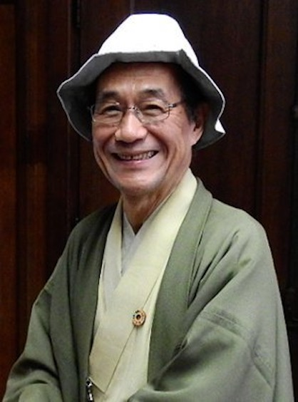 Kyoto Mayor Daisaku Kadokawa wearing hat incorporating SUMMER SHIELD (c) 2019 TORAY
