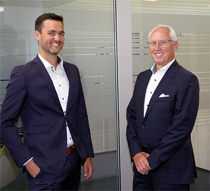 Caption: Matthias Schmitz, VacuFil Product Manager, and Dr. Klaus Schäfer, Managing Director © 2020 BB Engineering GmbH