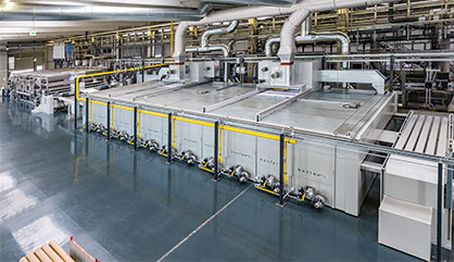 The plant operates in almost cleanroom conditions. (c) 2020 Monforts