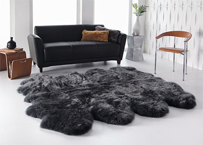 The Auskin Group with their head office on the Australian Gold Coast is one of the world's leading suppliers of sheepskins. The company group has its own tannery and sewing facility in China and sells its products through its own offices and warehouses in Germany, the USA, New Zealand, Australia, Japan and China. The sheepskins come from New Zealand and Australia and are processed into a wide range of ready-made articles for consumers and the home textiles market as well as material components for the airline, furniture and car industries and for the manufacture of equestrian articles and shoes. © Auskin Group