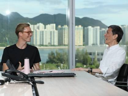 Erik Bang, Innovation Lead at H&M Foundation and Edwin Keh, CEO of HKRITA (c) 2017 H&M
