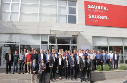 The Saurer team outside the service station in Kahramanmaras. Saurer is excellently positioned in Turkey.